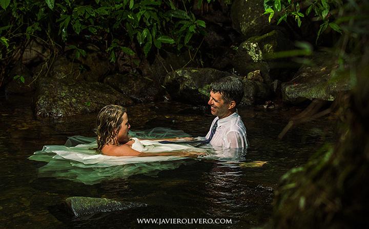 EL Yunque Rainforest, trash the dress