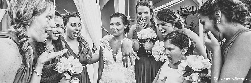 Candid shots of bridal party are very important for a client